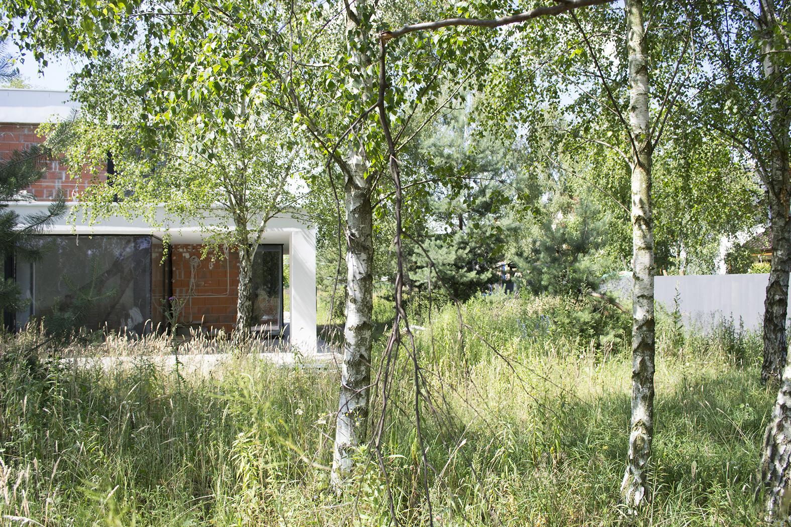 moderna-zahrada-projekt-navhr-rock-and-flower-studio-praha-betonove-zahrady -realizace