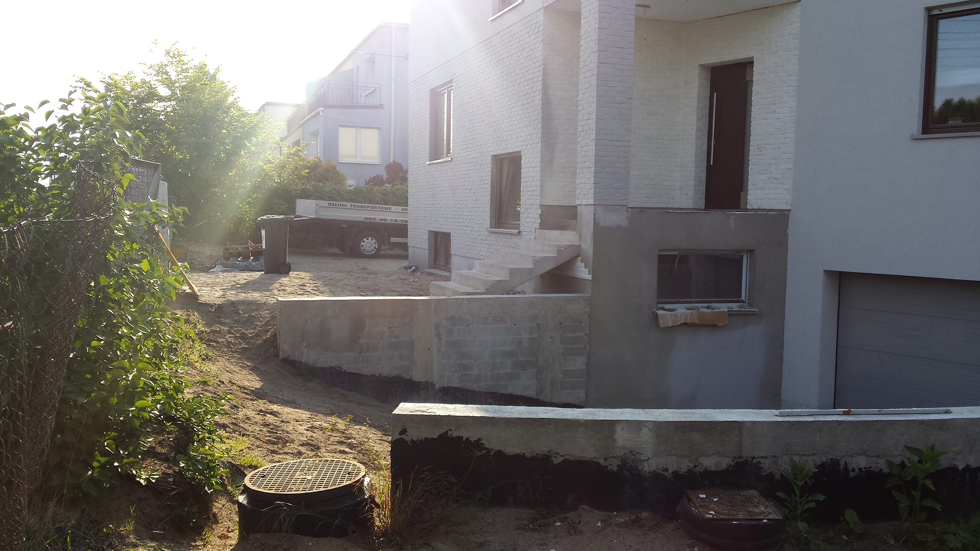 zahrada-projekt-navhrzahrady-modernazahrada-rockandflowerstudio-praha-puvodnistav